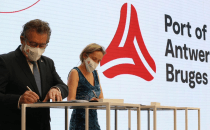 Gebündelte Kraft: Hafen-Fusion von Antwerpen und Zeebrugge