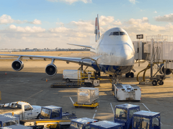 Luftfrachtbranche boomt— höchster Wert seit Beginn der Aufzeichnungen 1990